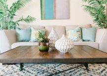 Finding-the-right-decor-and-accessories-for-the-tiny-becah-style-living-space-28973-217x155