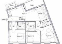 Floor-plan-of-the-small-French-apartment-before-its-makeover-28030-217x155