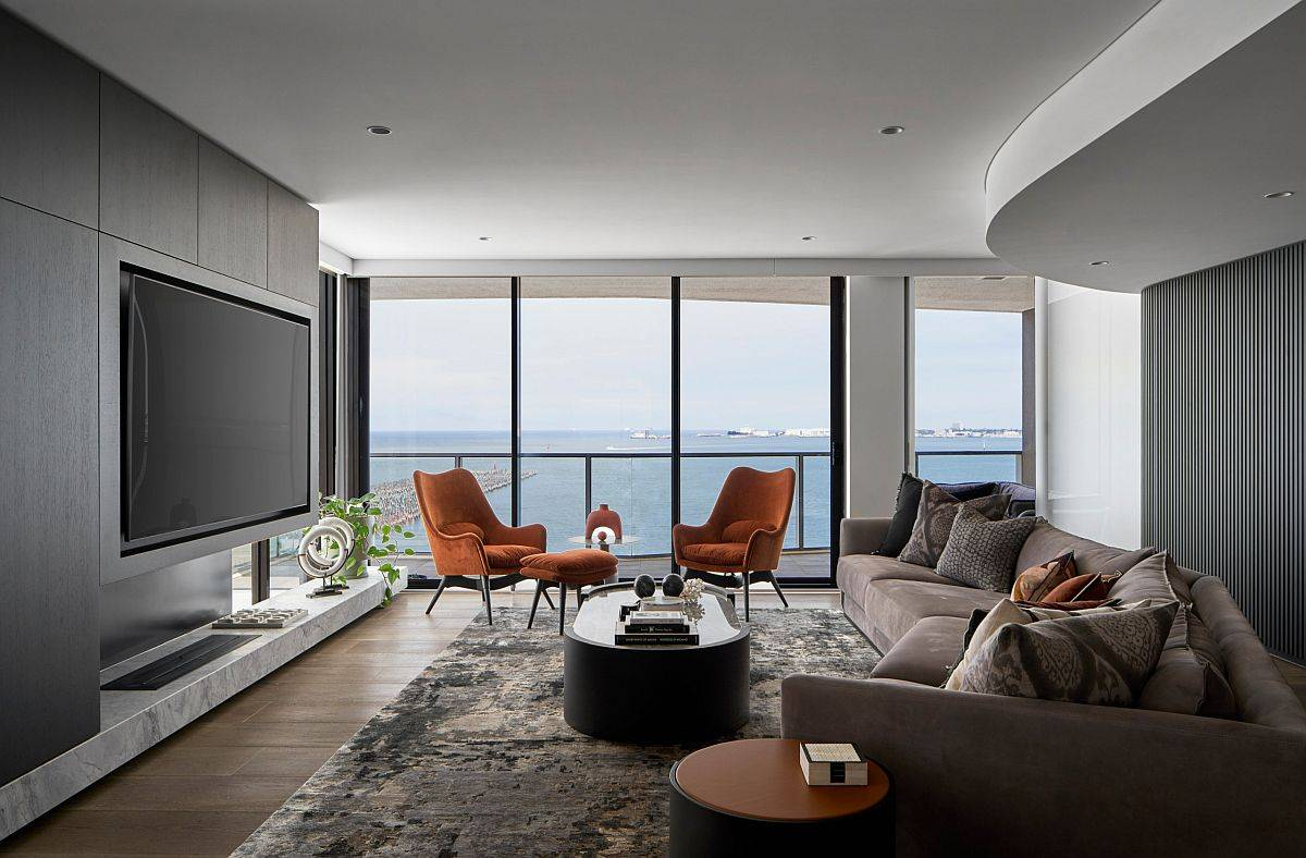 It-is-the-views-that-steal-the-spotlight-in-this-luxurious-contemporary-family-room-69683