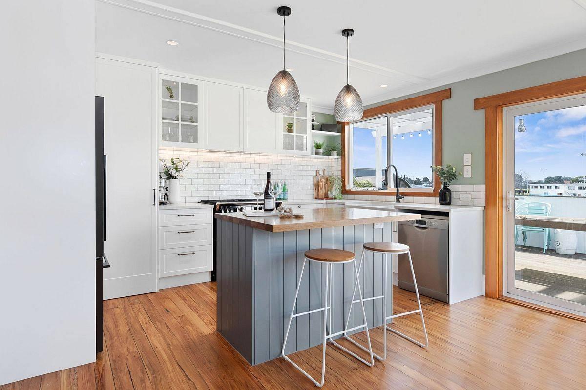 Light-grayish-blue-kitchen-island-for-the-small-beach-style-kitchen-55232