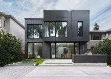 Modular black house with balcony