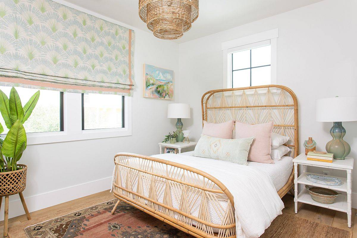 Relaxing-beach-style-bedroom-with-natural-materials-and-finishes-is-just-perfect-for-summer-42493