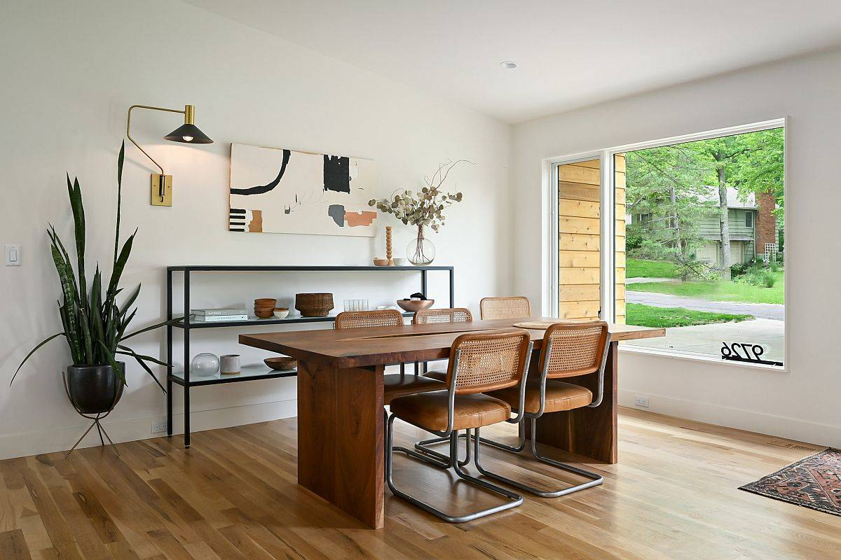 Scandinavian style dining room can also be used as a wondeful home workspace