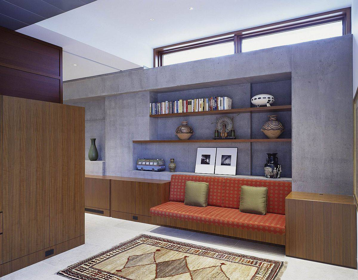 Smart-clerestory-windows-bring-light-into-compact-room-without-any-windows-22497