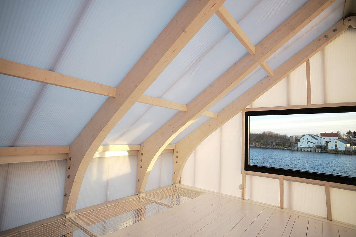 Smart-translucent-aerogel-panels-bring-diffused-light-into-the-upper-level-10463