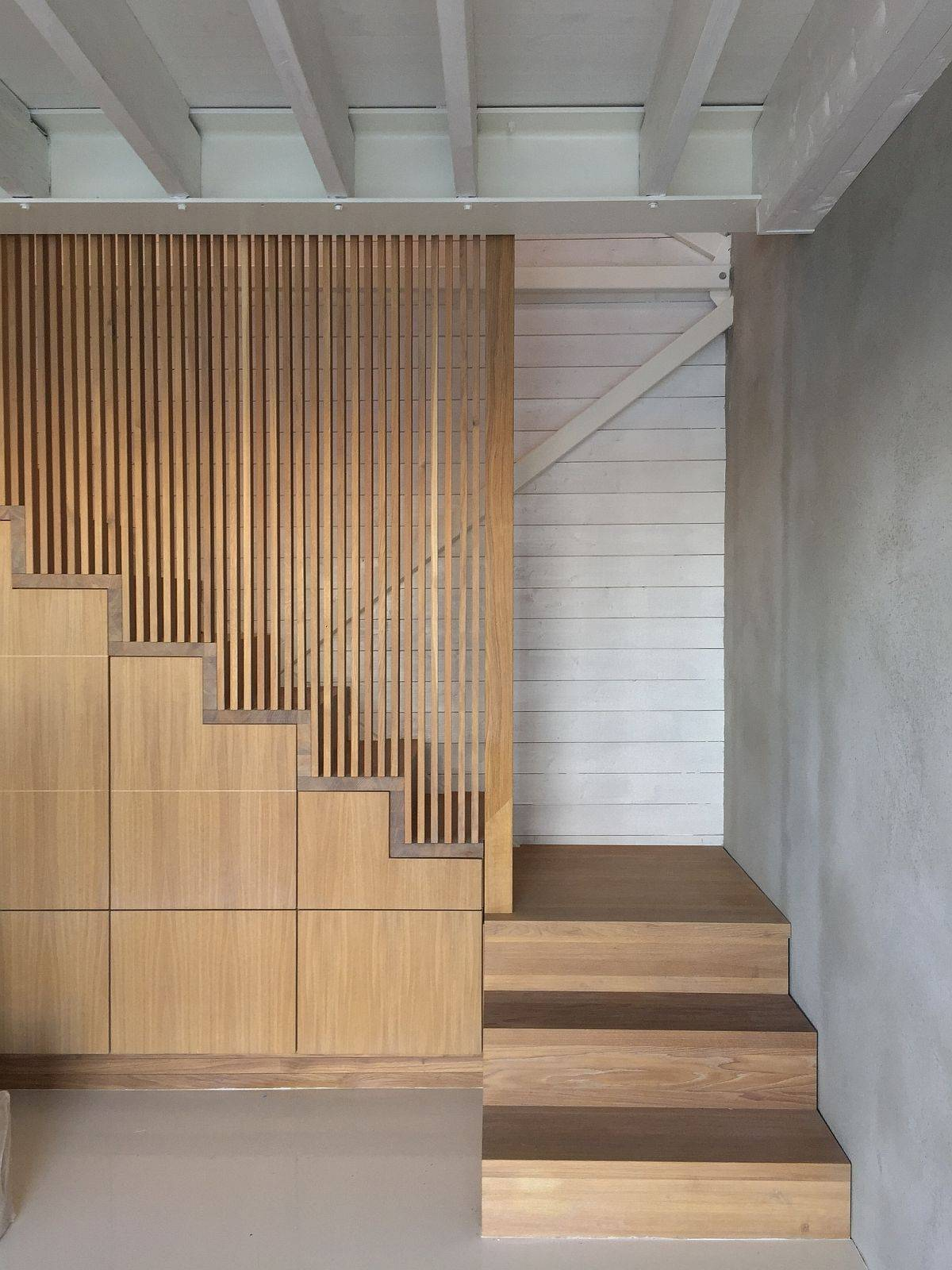 Space-savvy-custom-made-stairs-with-battens-inside-the-Norwegian-home-41082