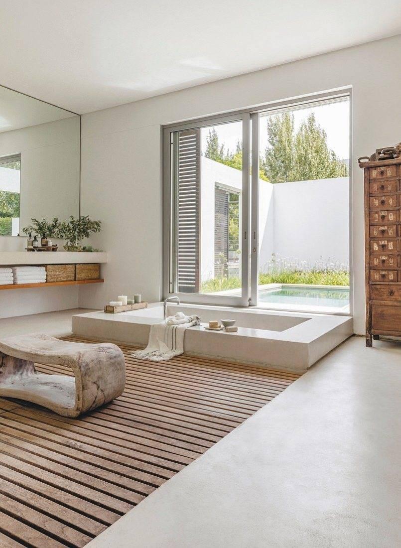 Sunken Bathtub With Sliding Door