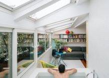 Tiles and Stone Designed Sunken Bathtub in Bedroom