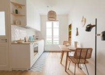 Tiny-Scandinavian-kichen-in-wood-and-white-also-finds-space-for-a-small-breakfast-zone-83117-217x155