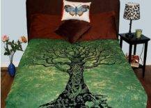 Tree of life bedspread in green