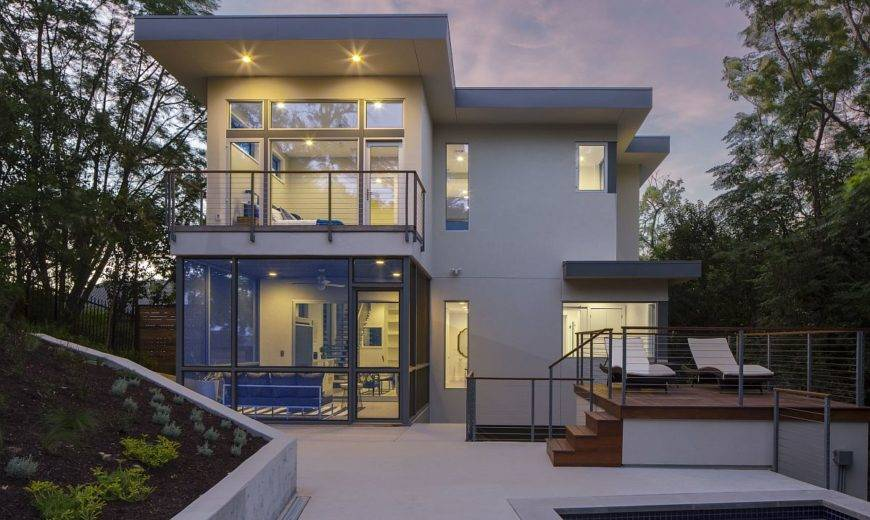 This Hillside Austin Home Combines Urban Openness with Relaxing Privacy