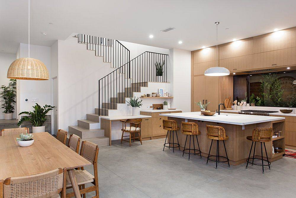 White-and-wood-kitchen-with-color-scheme-that-is-same-in-the-dining-room-as-well-61983