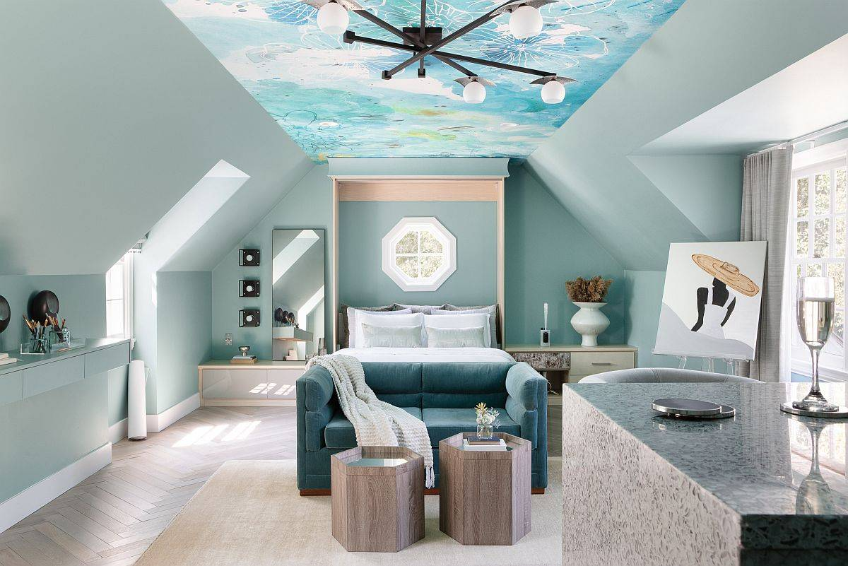 Fabulous-wallpapered-ceiling-that-mimics-the-sky-brings-color-and-pattern-to-this-tiny-loft-bedroom-11157