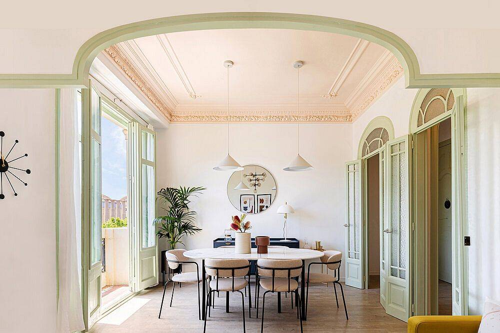 Gorgeous-dining-remodel-combines-the-old-with-the-new-in-a-pleasing-fashion-74030