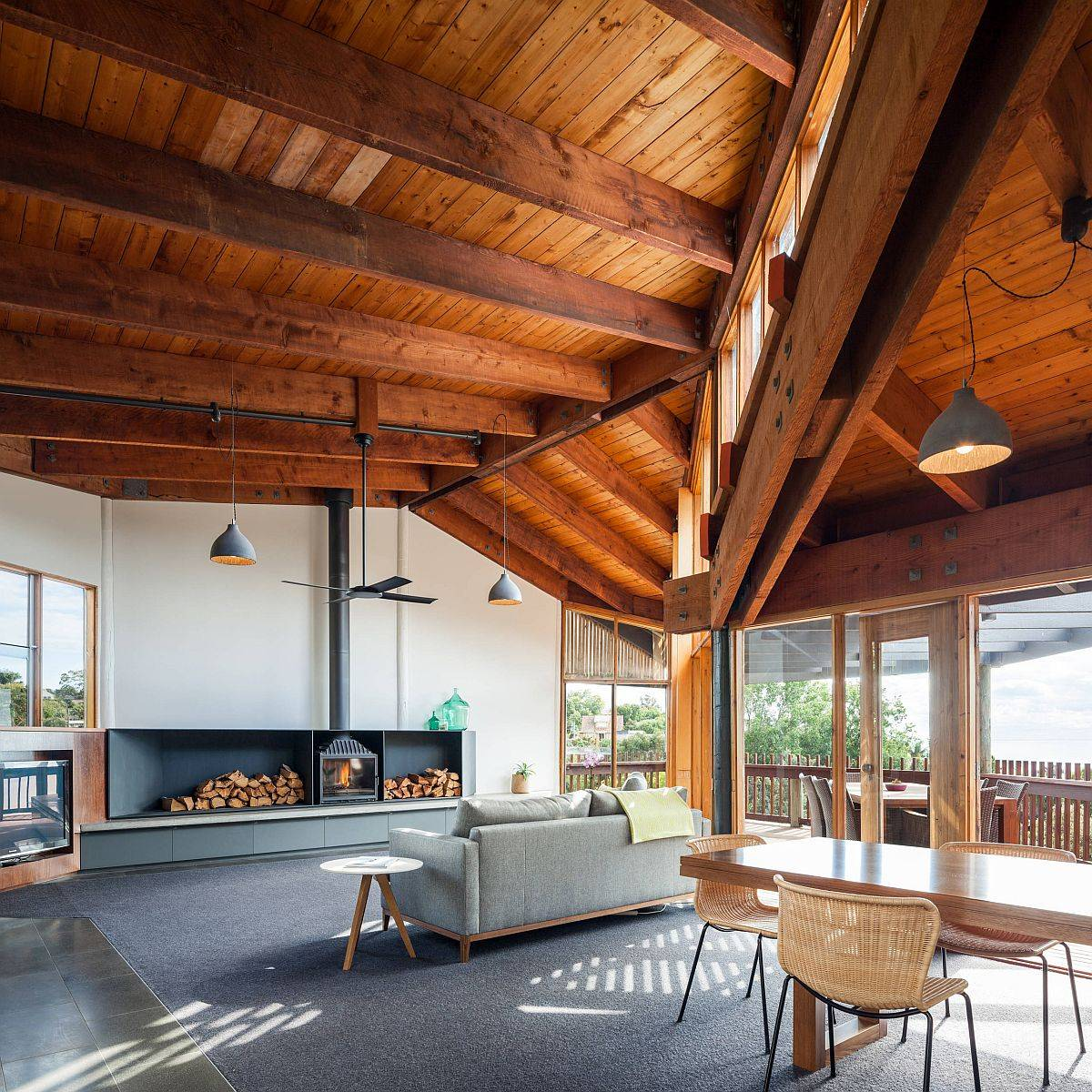 High-timber-ceilings-and-smart-cross-ventilation-keep-this-Melbourne-home-cool-in-summers-28017