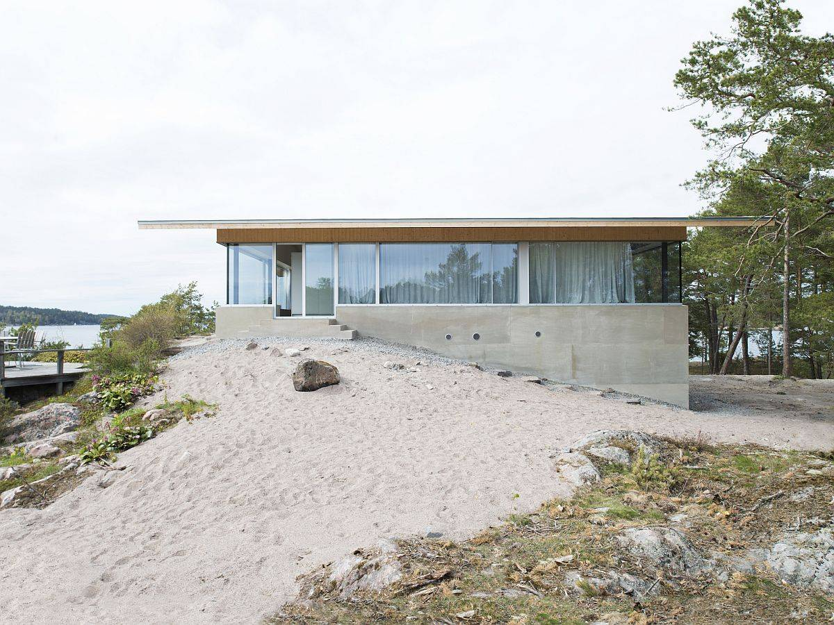 Lilla Rågholmen House designed by Arrhov Frick Arkitektkontor on a Stockholm archipelago