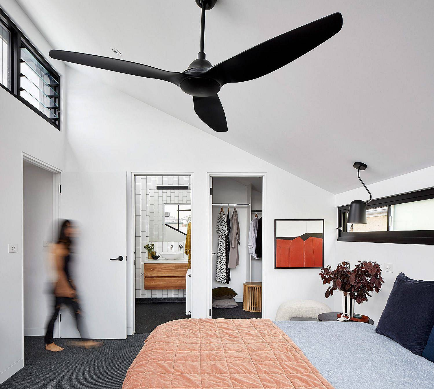 Master-bedroom-along-with-two-other-bedrooms-were-added-to-the-new-extension-99930