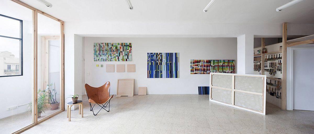 Modern Studio for Artist Victor Pérez-Porro