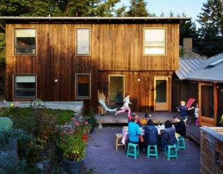 Courtyard Craze: 1950's Era Home in Seattle with a Breezy Modern Revamp