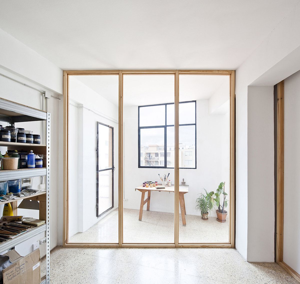 Simple-and-elegant-wooden-frame-along-with-glass-walls-also-helos-with-thermal-insulation-of-the-main-office-70319