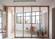 Space-between-the-window-walls-and-the-wooden-partitions-serves-as-the-covered-outdoor-area-89295-217x155