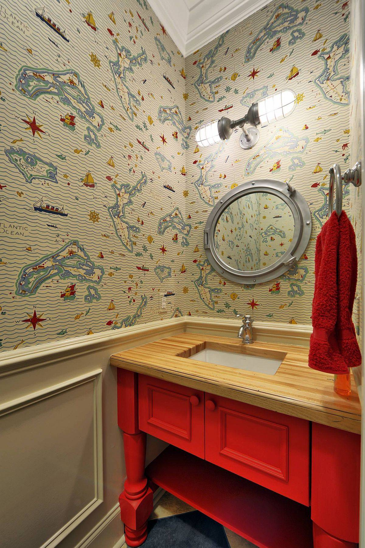 Wallpaper-brings-coastal-appeal-to-this-powder-room-in-neutral-hues-51387