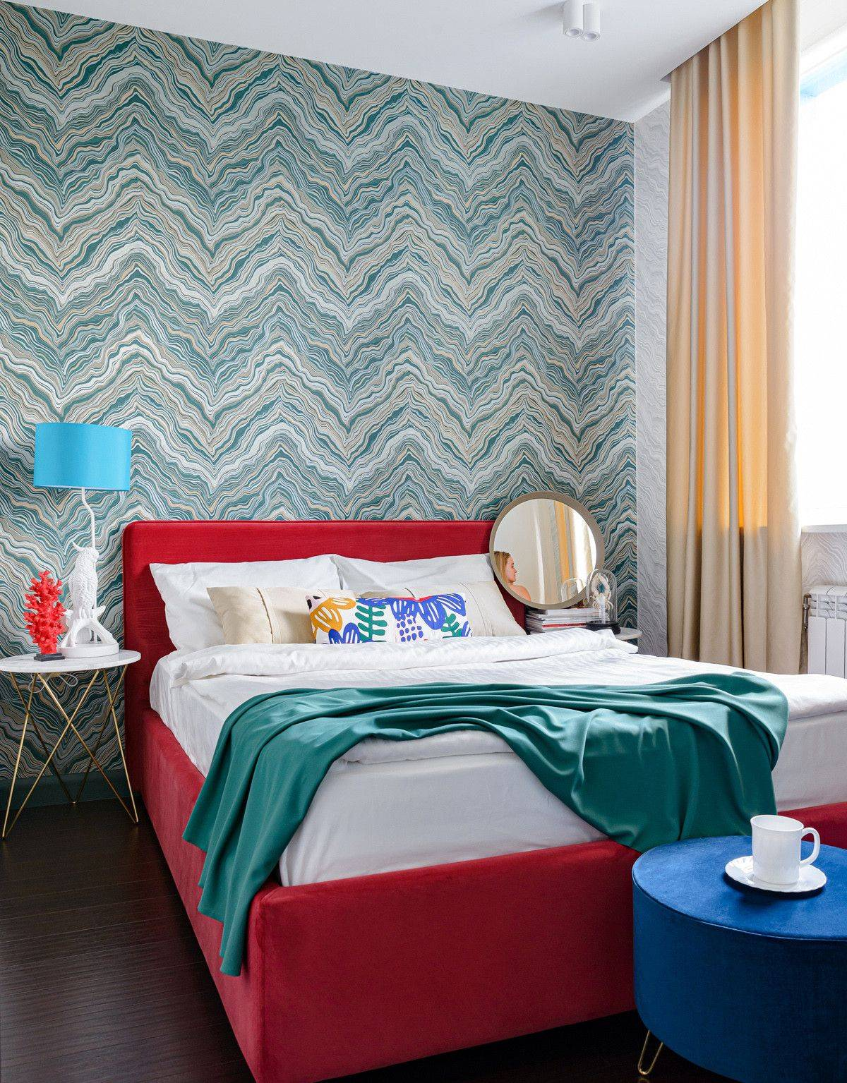 Wallpaper-is-an-easy-way-to-add-pattern-to-the-bedroom-without-opting-for-a-mojor-makeover-19089