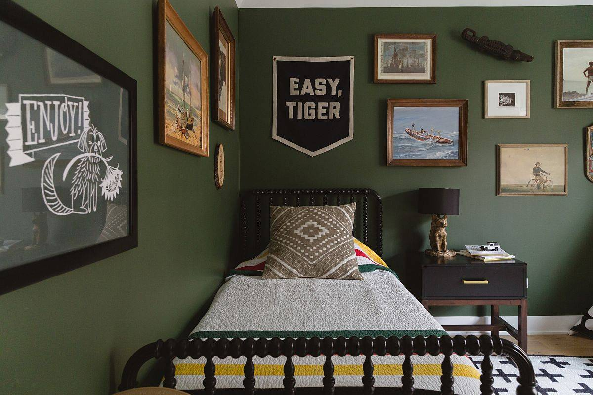 Walls-decorated-with-framed-art-pieces-in-the-dark-green-modern-bedroom-62010
