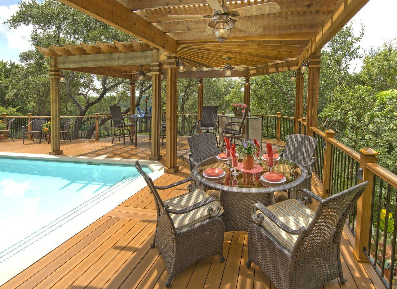 Wooden Deck with Pergola