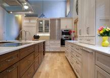 eggshell kitchen cabinets on maple