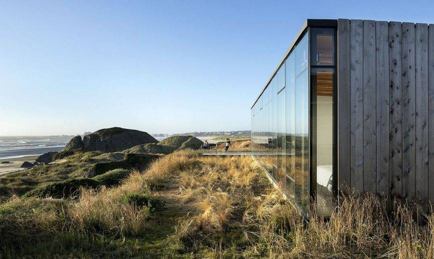 Spectacular Views of the Pacific: Robust Oregon Coastal Beach House