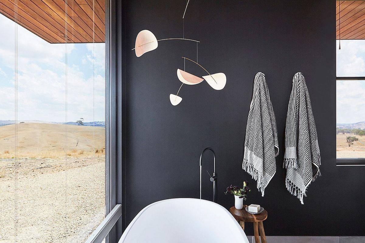 Black-makes-a-big-impact-inside-this-contemporary-bathroom-with-views-46848
