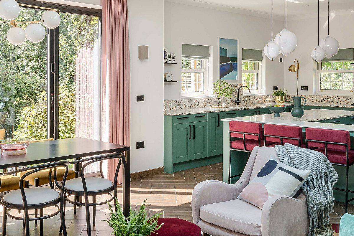 Brilliant combination of different shades of pink with lovely light green in the kitchen