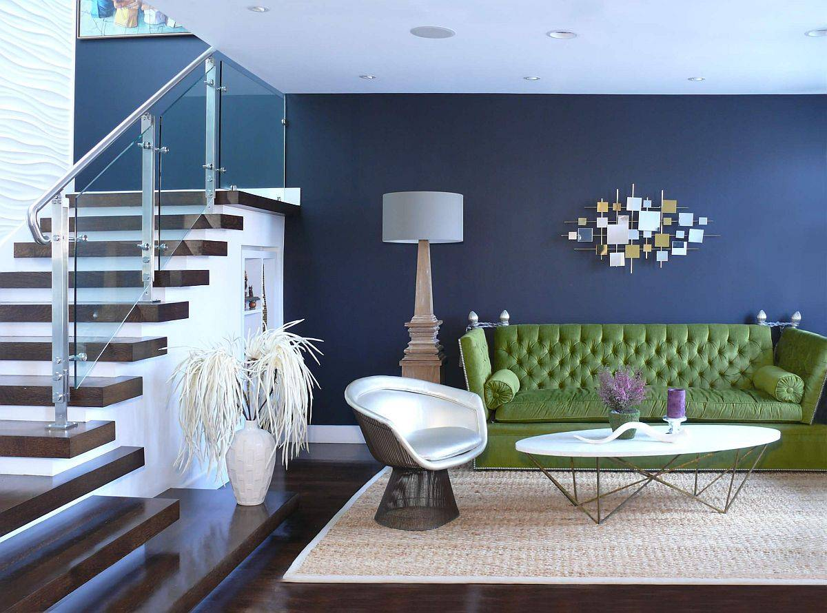 Combine-different-shades-of-blue-with-a-splash-of-green-in-the-trendy-living-room-93638