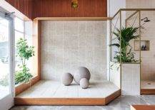 Custom-made-interior-dirancang-untuk-Arsitektur-Anston-pamerkan-produk-custom-unik-Anda-52293-217x155