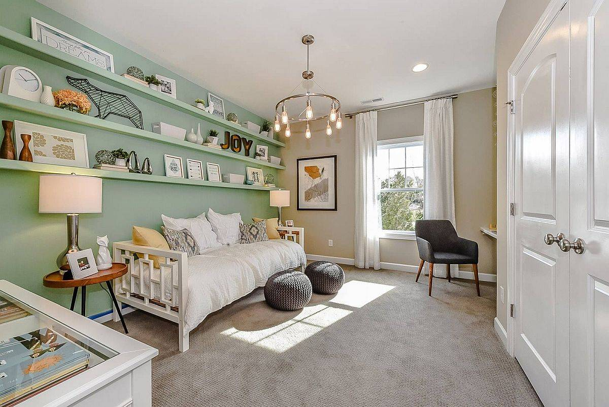 Finding-balance-between-green-gray-and-brown-in-the-room-98943