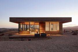 Off-Grid Fire-Resistant Cabin for Sustainable Life in the Outback