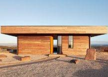 Lovely-fire-resistant-spotted-gum-timber-on-the-outside-is-tboth-an-aesthetic-and-functional-choice-70971-217x155