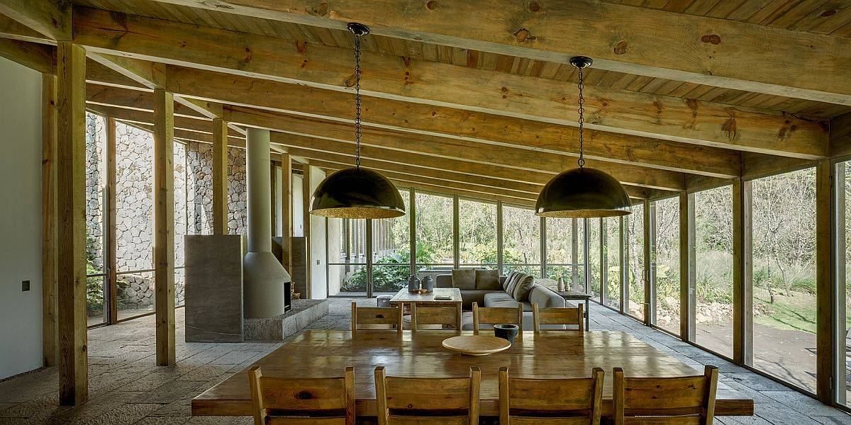 Open-living-area-dining-room-and-kitchen-of-the-home-in-forest-in-Mexico-36836
