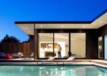 Relaxing-pool-area-and-deck-of-the-home-with-fabulous-mdoern-lighting-10613-217x155