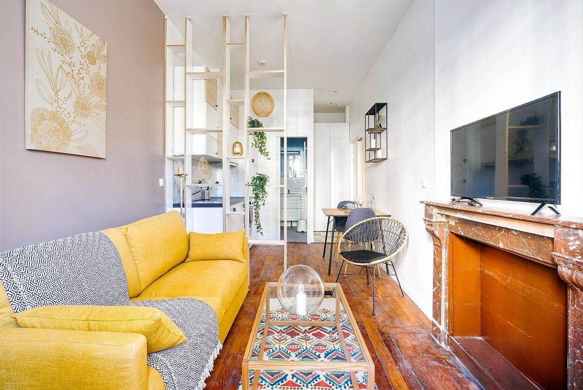 Sunny-and-stylish-yellow-colorful-sofa-for-the-tiny-modern-living-room-30623
