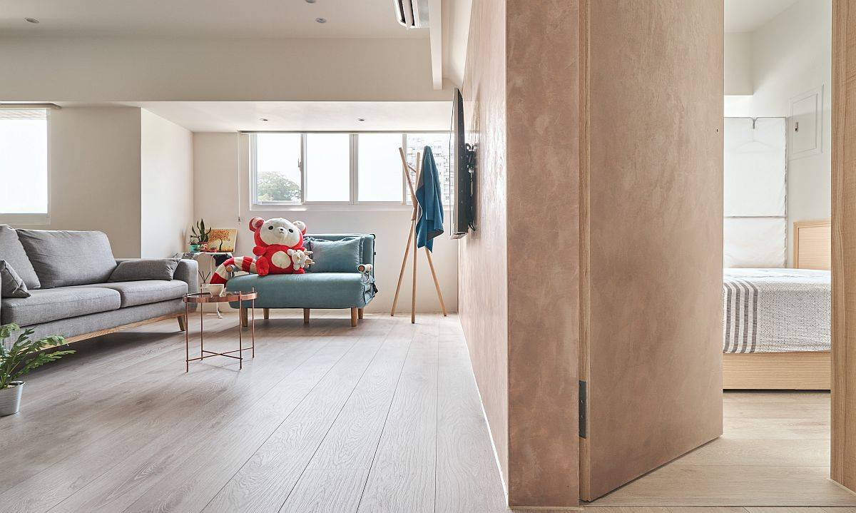 Transition-from-the-living-area-to-the-bedroom-is-seamless-69526