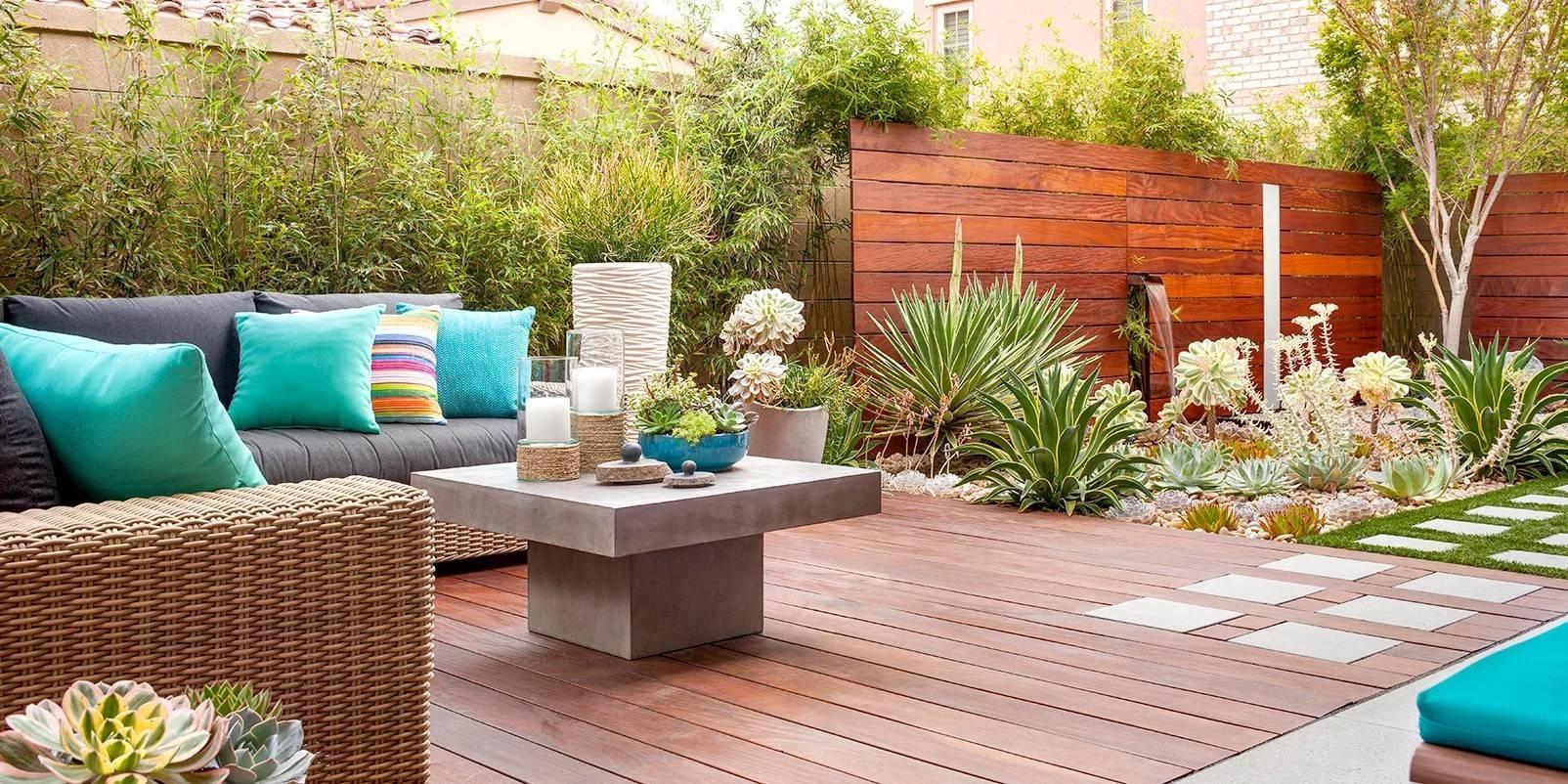 Easy DIY Backyard Deck