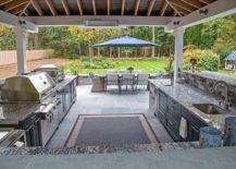 covered outdoor kitchen idea