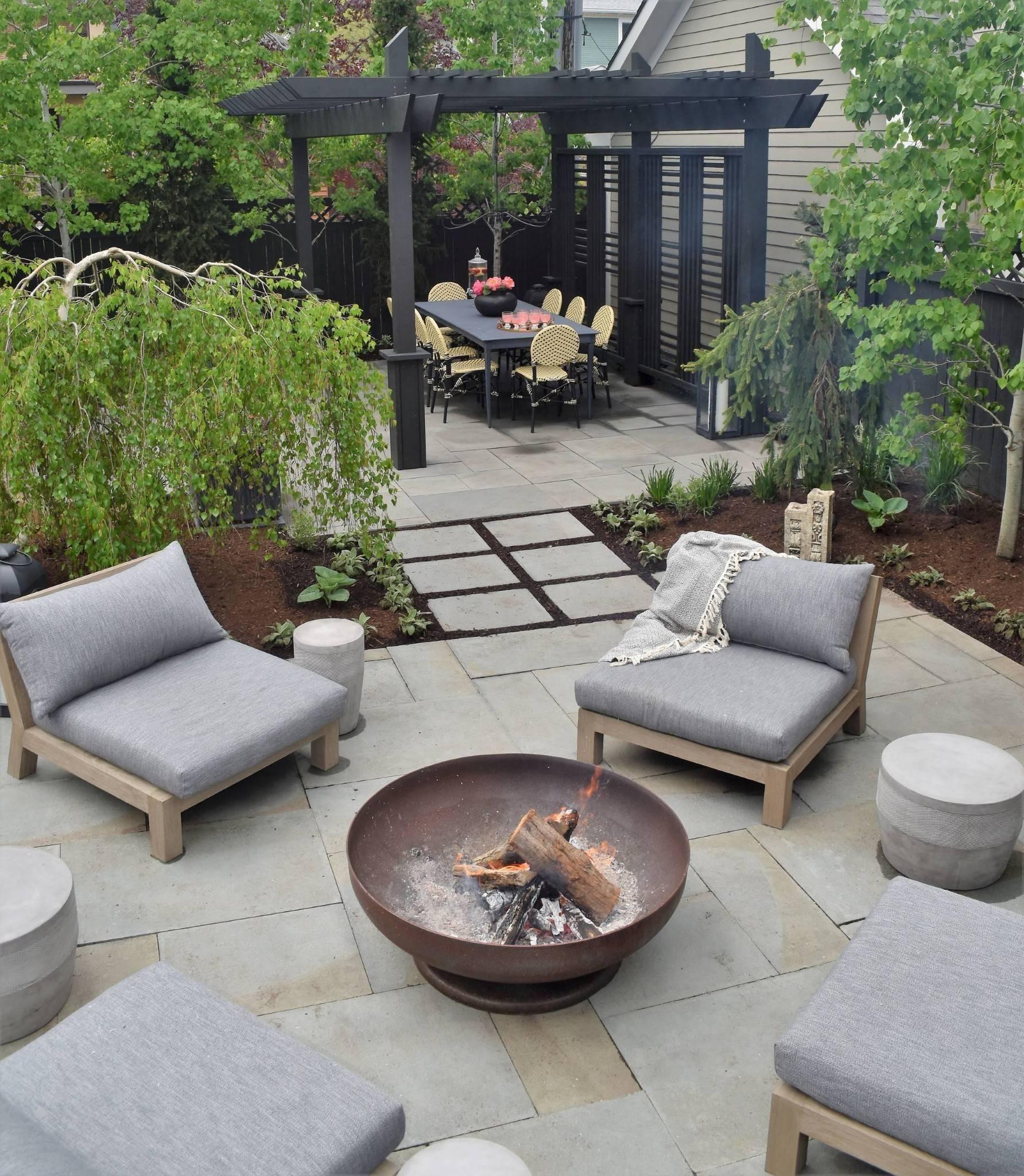 raditional-outdoor-patio-designs