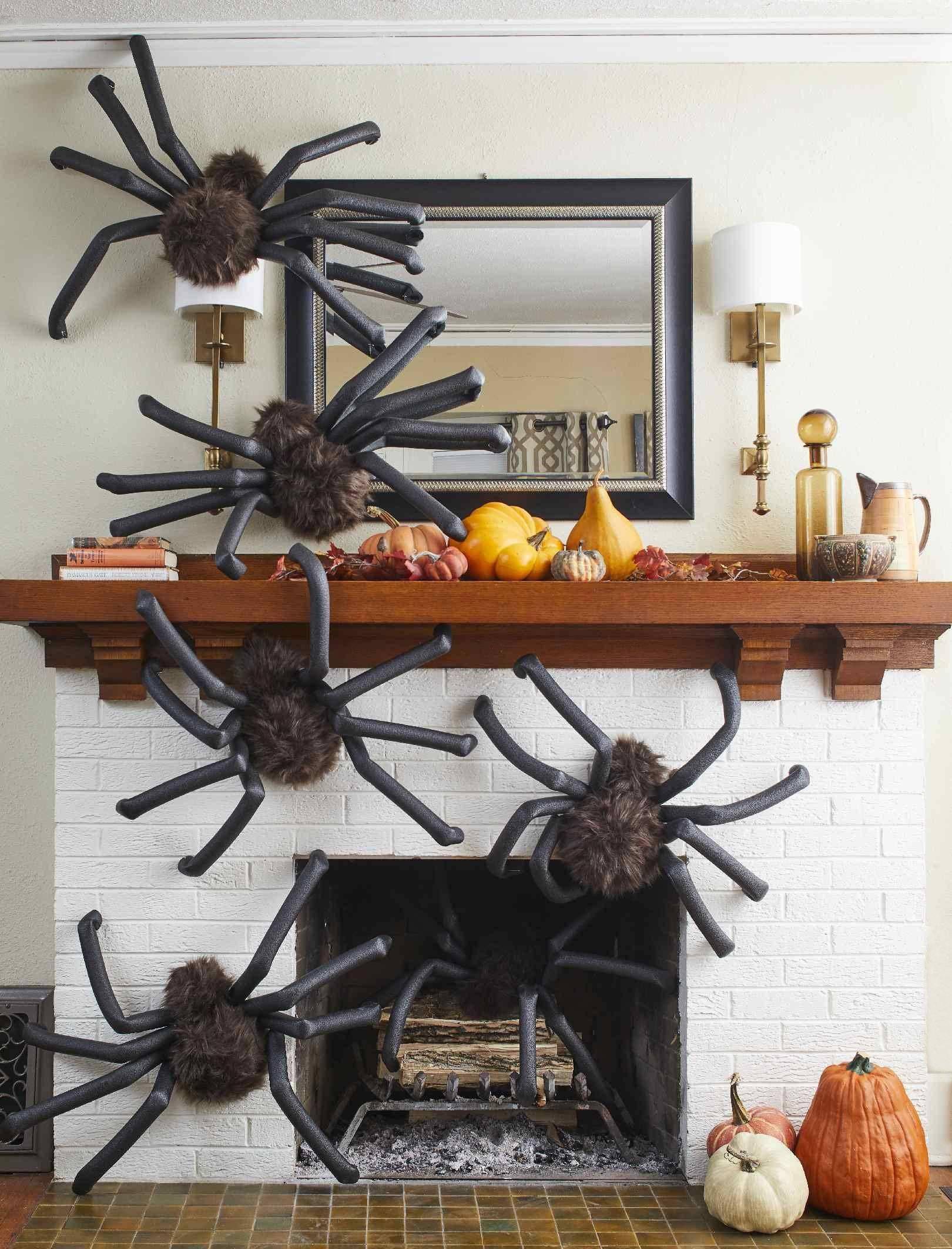 Fall Mantel Decor Displays