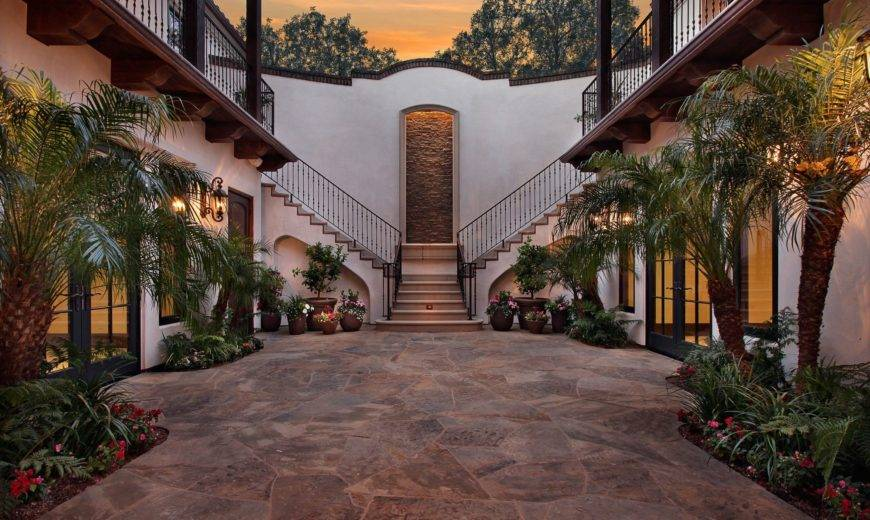Features Of The Modern Hacienda Home Design