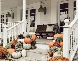 20 Dreamy Porch Setups For Fall
