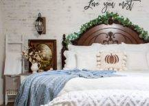 Add-different-textures-and-fabrics-to-the-fall-bedroom-for-a-comfortable-and-cozy-ambiance-96988-217x155