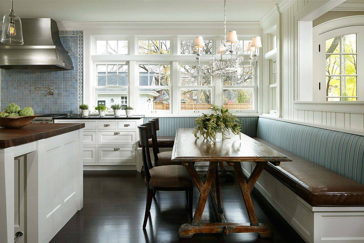 Beautiful-corner-banquette-inside-the-transitional-eat-in-kitchen-with-plenty-of-sitting-space-for-the-entire-family-18701